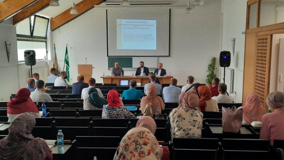 Održan seminar za vjeroučitelje s područja Muftiluka tuzlanskog