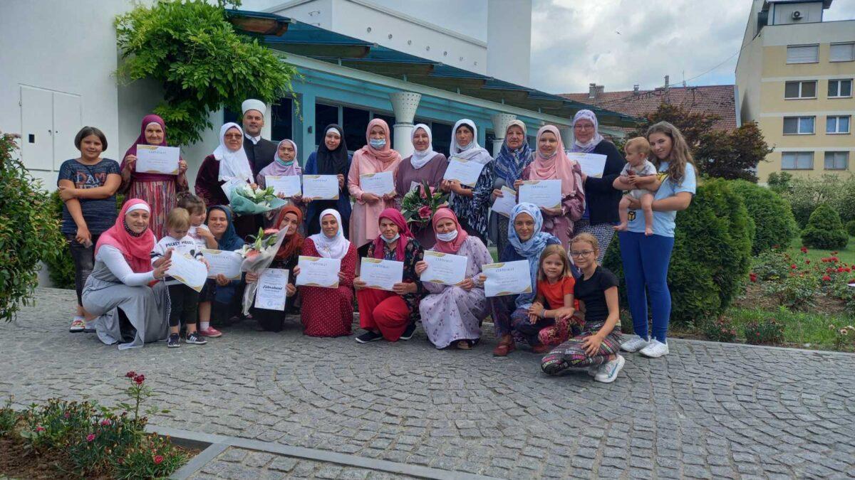 U Bosanskom Šamcu održan seminar Snaga i stabilnost porodice