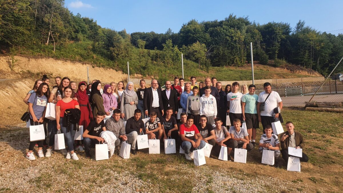 Uspješno realizovan Edukativni kamp za srednjoškolce iz Bratunca i Vlasenice